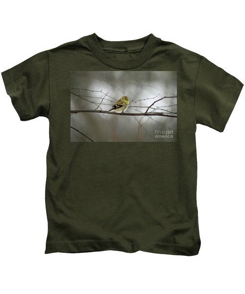 Goldfinch In Winter Looking At You Kids T-Shirt