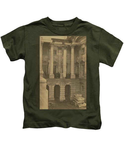 Hoisting Final Marble Column At United States Capitol Kids T-Shirt