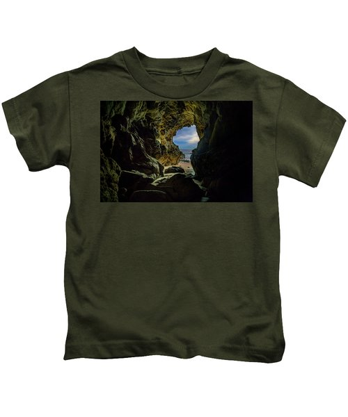 Keyhole Cave In Malibu Kids T-Shirt