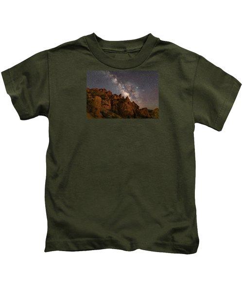 Milky Way Over Rocky Terrain Kids T-Shirt