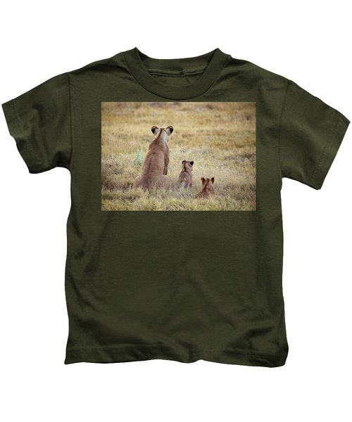 Mom And Cubs Kids T-Shirt
