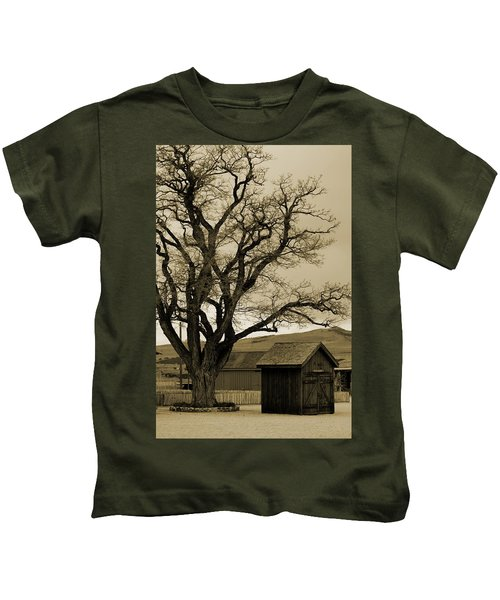 Old Shanty In Sepia Kids T-Shirt