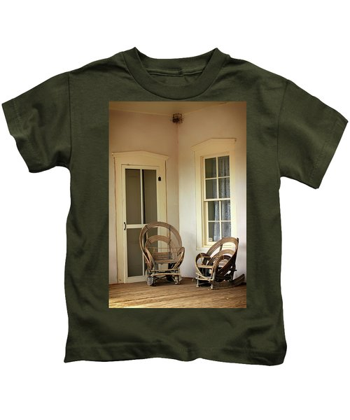 On Doc Woods' Porch Kids T-Shirt