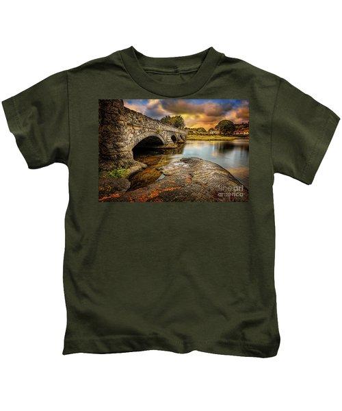 Pont Pen-y-llyn Bridge Snowdonia Kids T-Shirt