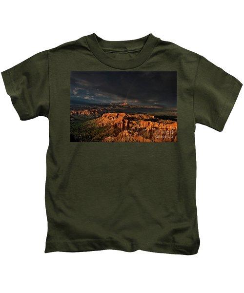 Rainbow And Thunderstorm Over The Paunsaugunt Plateau  Kids T-Shirt