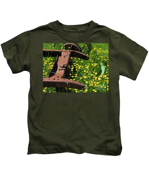 Rusted Wagon In A Field Of Flowers Kids T-Shirt