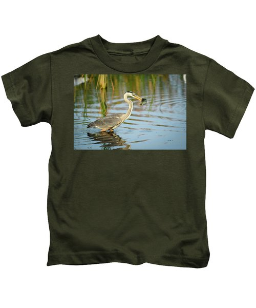 Snack Time For Blue Heron Kids T-Shirt