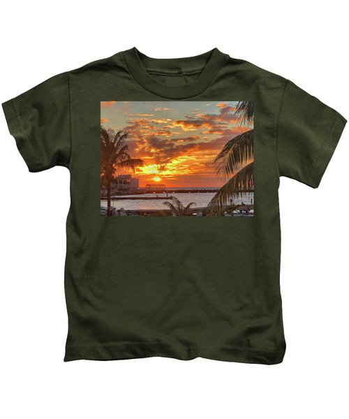 Sun Is Setting Kids T-Shirt