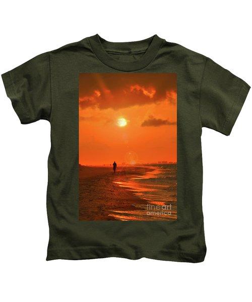 Sunrise Walk On Sanibel Island Kids T-Shirt
