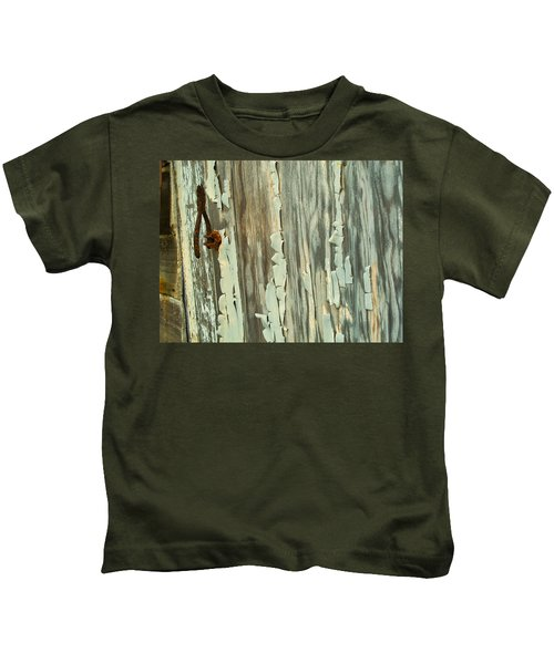 The Peeling Wall Kids T-Shirt