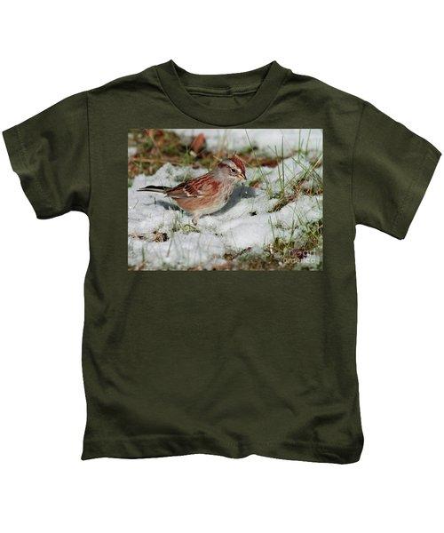 Tree Sparrow In Snow Kids T-Shirt