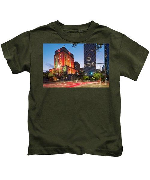 Twilight Photograph Of Houston City Hall Astros Baseball World Series 2017 - Downtown Houston Kids T-Shirt