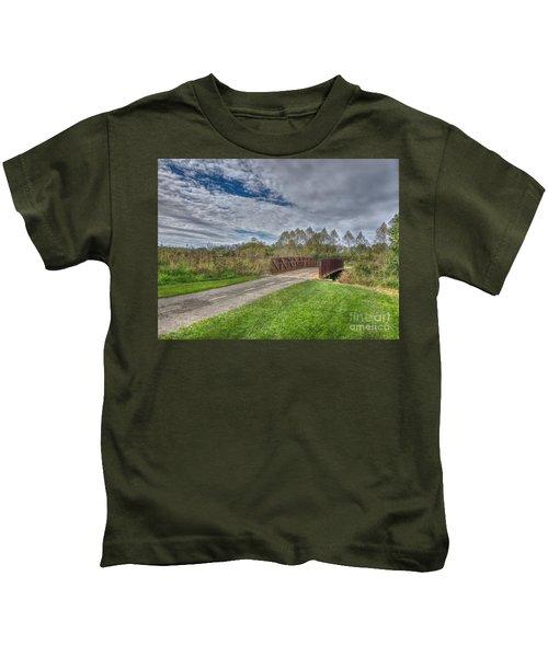 Walnut Woods Bridge - 1 Kids T-Shirt