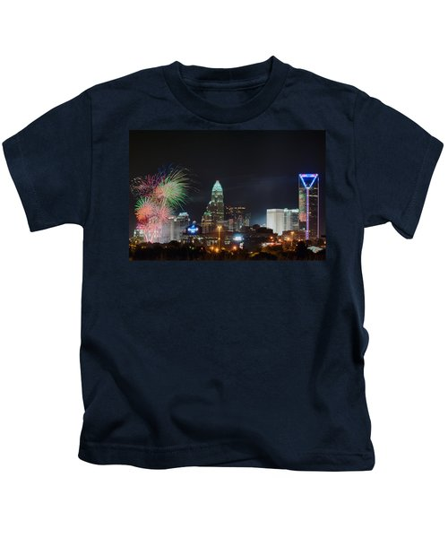 4th Of July Firework Over Charlotte Skyline Kids T-Shirt