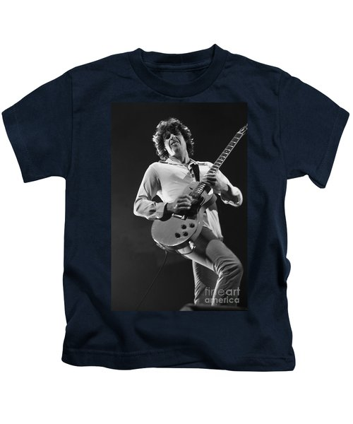 Stone Temple Pilots - Dean Deleo Kids T-Shirt by Concert Photos