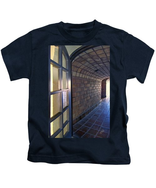 Archway In Mission Inn Riverside Kids T-Shirt