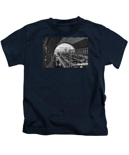 Frankfurt Bahnhof - Train Station Kids T-Shirt
