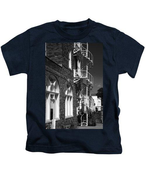 Jacaranda Hotel Fire Escape Kids T-Shirt