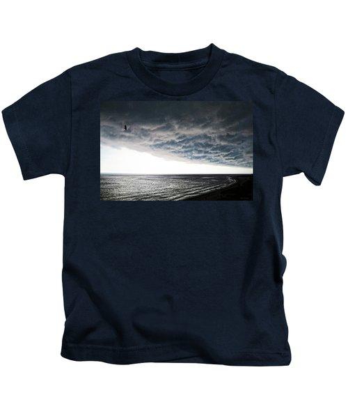 No Fear - Beach Art By Sharon Cummings Kids T-Shirt