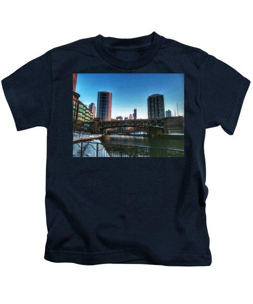 Ohio Street Bridge Over Chicago River Kids T-Shirt