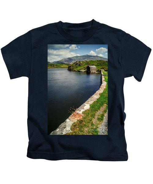 Snowdon From Llyn Y Dywarchen Kids T-Shirt