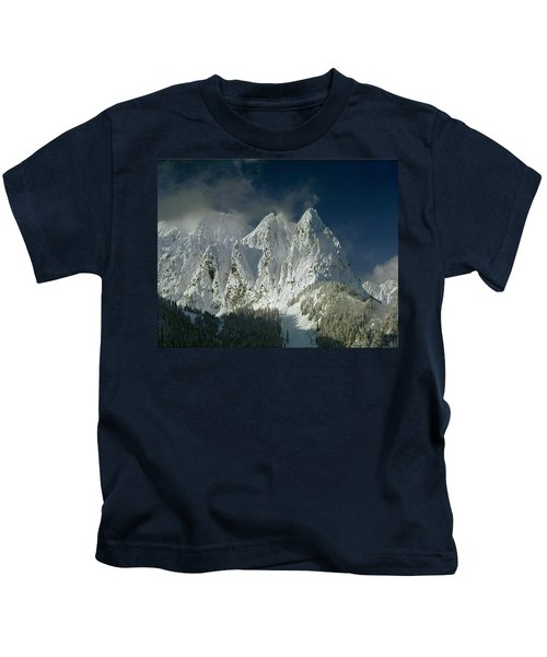1m4503-three Peaks Of Mt. Index Kids T-Shirt