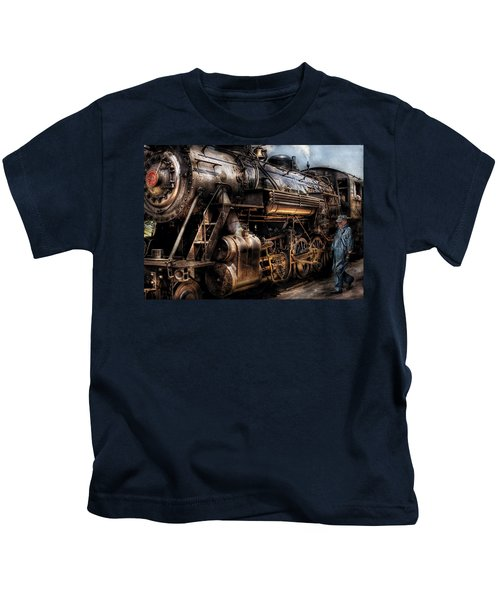 Train - Engine -  Now Boarding Kids T-Shirt