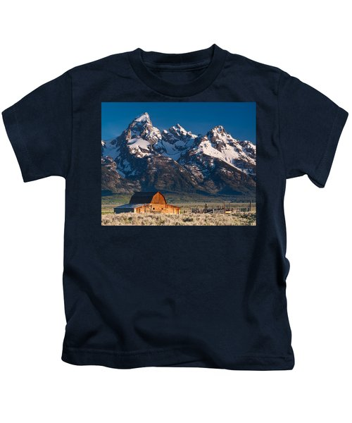 View At John Moulton Barn Kids T-Shirt