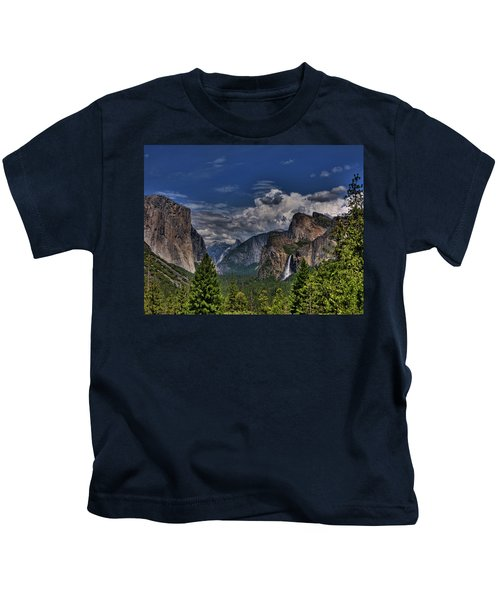 Tunnel View Kids T-Shirt