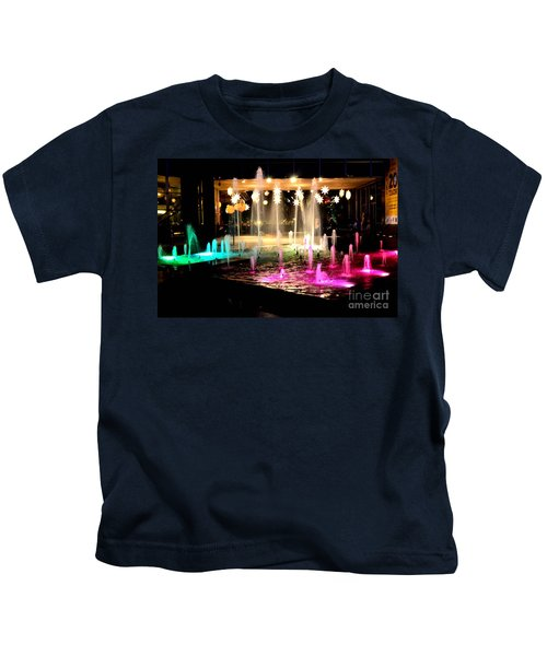 Water Fountain With Stars And Blue Green With Pink Lights Kids T-Shirt