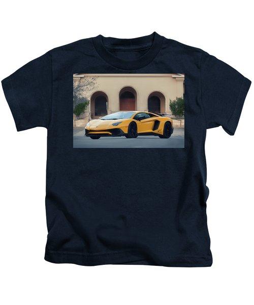 #lamborghini #aventadorsv #superveloce #print Kids T-Shirt