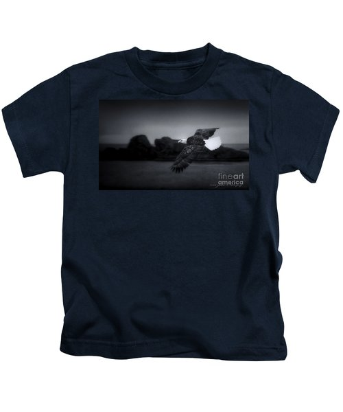 Bald Eagle In Flight Kids T-Shirt
