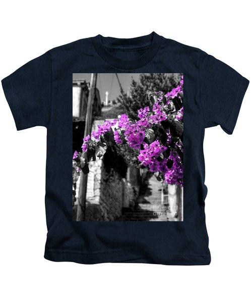 Beauty On The Up Kids T-Shirt