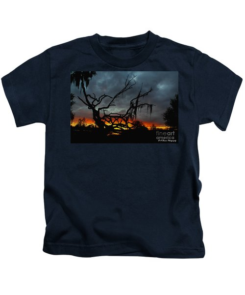 Chilling Sunset Kids T-Shirt