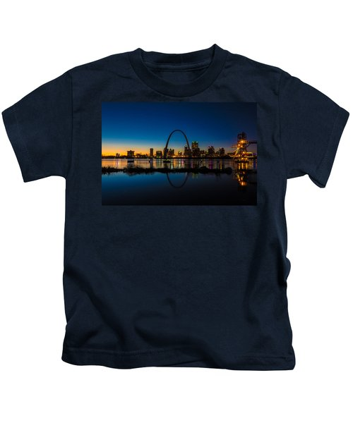 Downtown St. Louis And The Gateway Arch Kids T-Shirt