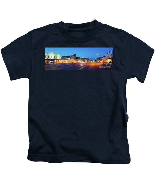Early Morning Panorama Of Fredericksburg Main Street - Gillespie County Texas Hill Country Kids T-Shirt