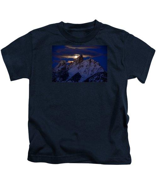 Full Moon Sets Over The Grand Teton Kids T-Shirt