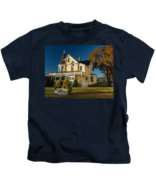 Gibson Woodbury House North Conway Kids T-Shirt
