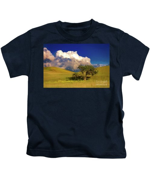 Lone Tree With Storm Clouds Kids T-Shirt