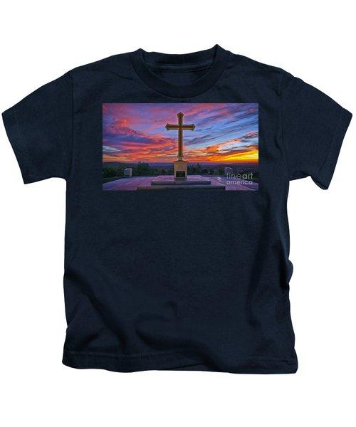 Christian Cross And Amazing Sunset Kids T-Shirt