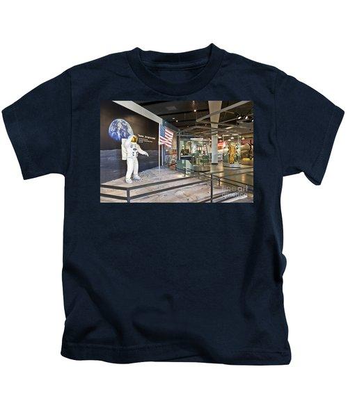 Moon Landing Exhibit Kids T-Shirt