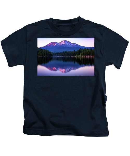 Sunset Reflection On Lake Siskiyou Of Mount Shasta Kids T-Shirt