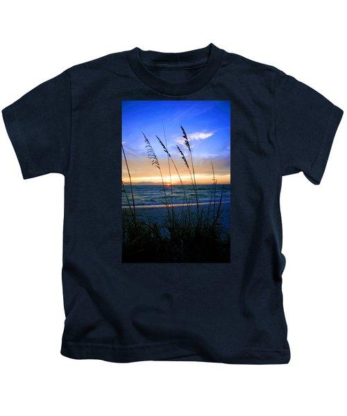 Sunset Thru The Sea Oats At Delnor Wiggins Kids T-Shirt
