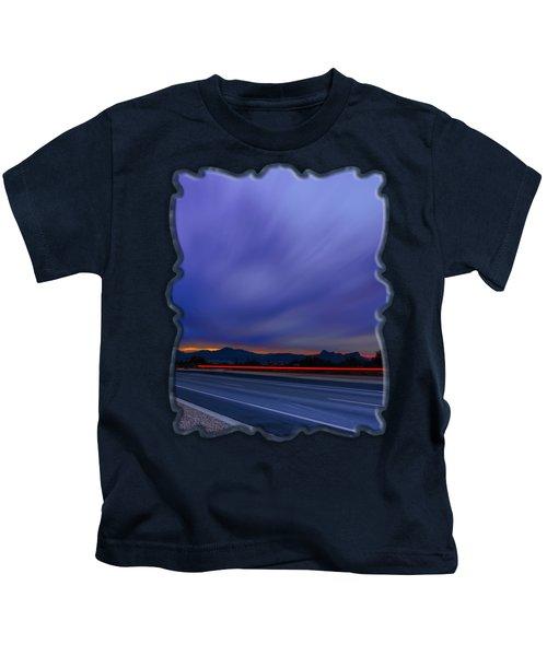 Traveling Sunset Blues V52 Kids T-Shirt