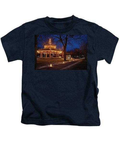 Christmas Eve In Dexter Kids T-Shirt