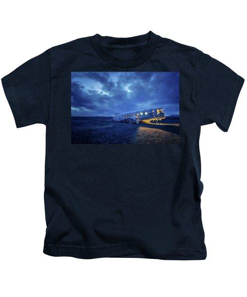 Dc-3 Plane Wreck Illuminated Night Iceland Kids T-Shirt