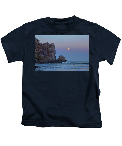 Snow Moon And Morro Rock Kids T-Shirt