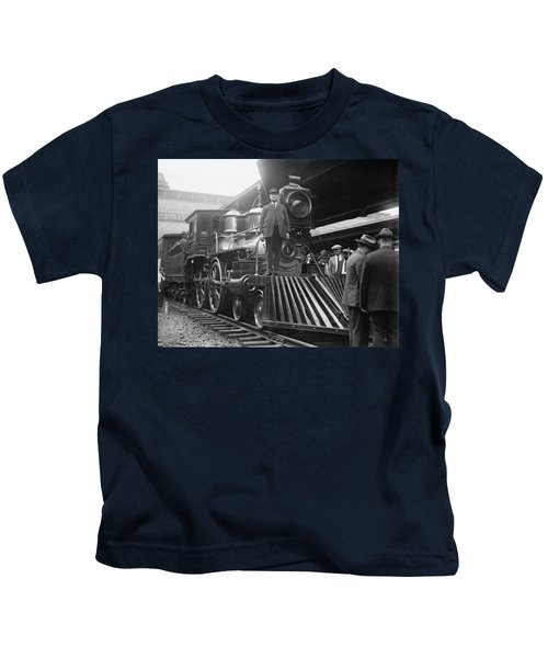 William Crooks 4-4-0 Steam Locomotive Kids T-Shirt