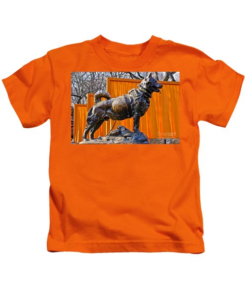 Statue Of Balto In Nyc Central Park Kids T-Shirt