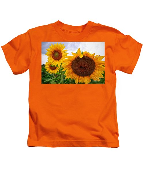 Sunflower Mama And Her Daughters  Kids T-Shirt